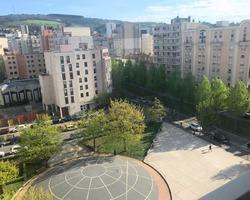T3 Meublé et équipé - Place du Bicentenaire ST ETIENNE
