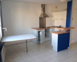 STUDIO + GARAGE - Place CHAVANELLE